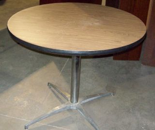 Round Wood Grain Laminate Breakroom Table 36
