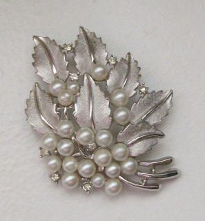Faux Pearl Rhinestone Brushed Silvertone Leaf Design Brooch Pin