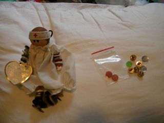 1992 CRAFTED NURSE BUTTON BABY DOLL OLD NEW BUTTONS FREE EXTRA BUTTONS
