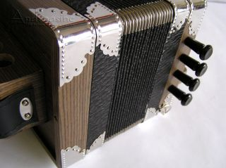 QUALITY PROFESSIONAL BLACK HOHNER ARIETTE CAJUN ACCORDION w/ CASE 3002