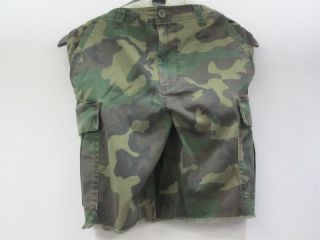 Nike SB Shorts Camo Green Black Size 38