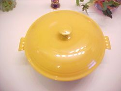 Vtg Fiesta Yellow Covered Casserole in Mint Condition