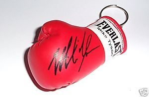 Autographed Mini Boxing Glove Keyring Mike Tyson