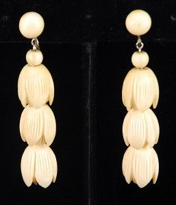 Hawaii Carved Faux Ivory Pikake Flower Necklace Earring