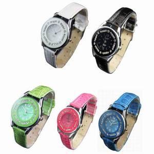 Small Case Ladies Girls Quartz Leatheroid Wrist Watch Watches