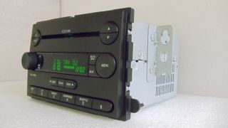 05 06 FORD F250 F350 Superduty Radio 6 Disc CD Changer Player AUX