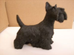 Castagna Collectible Animal Figurine   Scottie Dog   (Scottish Terrier