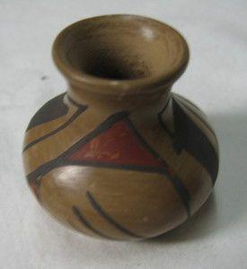 Cherokee Indian Pottery Vase Pot Mini Miniature