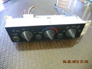 Chevy Tahoe 98 99 Suburban 1500 Heater AC Control Rear Defrost 2500