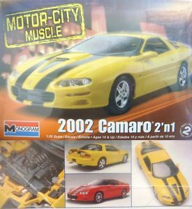 Revell 2002 Chevy Camaro SS Model Kit 1 25 854273