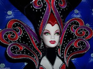 Bob Mackie Countess Dracula Barbie 2011 Gold Label LE3200 w Shipper