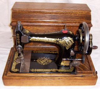 Singer Model 28 Hand Crank Sewing Machine Victorian Coffin Top