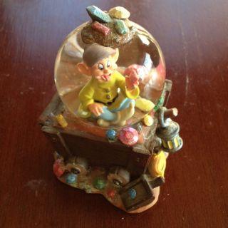 Disney Dopey From Snow White And Seven Dwarfs Mini Snow Globe