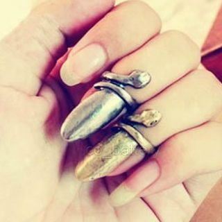 Lady Gaga Bronze Punk Cool Finger Nail Snake Design Finger Ring