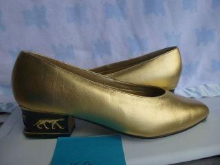 Womens Shoes COUP DETAT GOLD PUMPS Size 9 EXCELLENT CONDITION