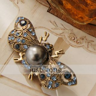 Fashion Women Flying Bee Crystal Rhinestone Brooch Pin