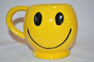 Vintage MCOY Pottery HAPPY Smile Face Mug ~ Coffee Cup ~ YELLOW