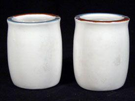 Dansk MESA WHITE SAND Salt & Pepper Shaker Japan Blue Rust Brown Trim