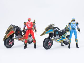 Power Rangers Ninja Storm Action Figures Red Blue Wind Tsunami Cycle