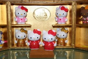 Sanrio Hello Kitty CNY Case for on Stage Figures