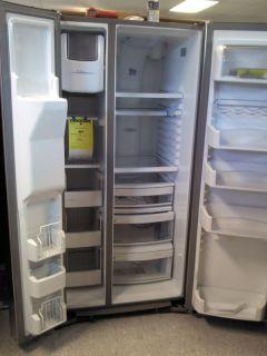 GE Profile 33 1 2 Wide Side by Side Refrigerator Scratch Dent