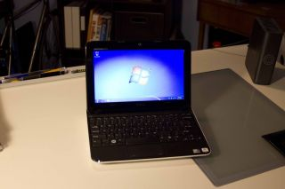 Dell Inspiron Mini 1012 Netbook Laptop Computer Windows 7 Pro