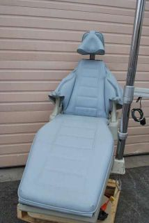 Dansereau California Dental Chair w Light and Viewer