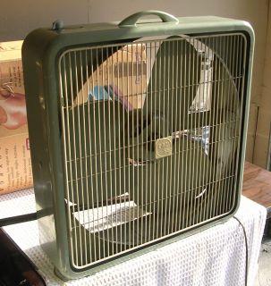 Vintage Heavy Duty Steel Blade 3 Speed Lau Box Fan 22 Window Fan