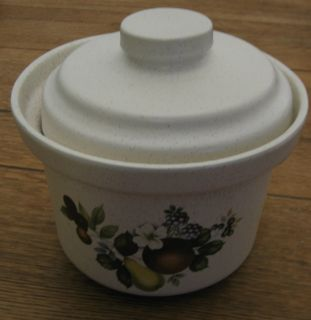 Pottery Ovenproof Bean Pot Crock with Lid Fruit Design 1265 2 5 Quart