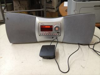 DELPHI SA 10001 SKYFI XM PORTABLE SATELLITE RADIO STEREO BOOMBOX