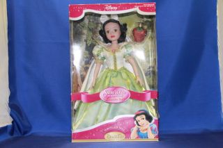 Disneys Brass Key Snow White Porcelain Doll