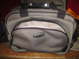 Dockers Oceanside 21 Carry on Upright 15 Tote Shoe Bag Luggage