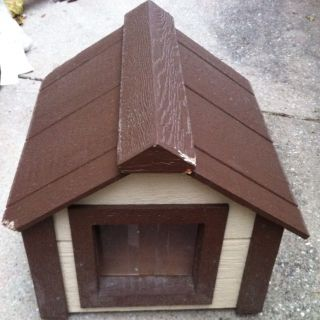 Northland Climate Master™ Insulated Dog House