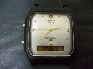Vintage Casio Dual Time Sliver Face Analog Digital Watch