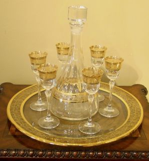 Nobel Imports Hand Crafted Italian Decanter 6 Shot Glasses on Plate