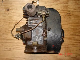 Vintage Briggs and Stratton Engine Model WMB