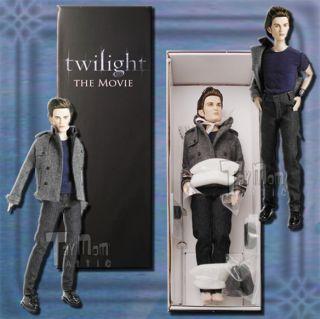Tonner Twilight Edward Cullen 17 inch Doll