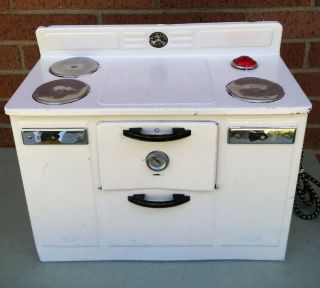 Old Childs 50s Tin Metal EMPIRE Electric Kitchen Oven Stove WORKS