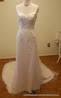 NEW Emme Bridal Wedding Dress w Train; Beaded Flowers Scalloped Bodice