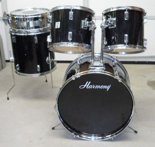 Cheap Entry Level 5 PC Gloss Black Shell Pak Drum Kit For Auction w No