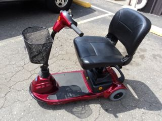 INVACARE LYNX L3 3 WHEEL ELECTRIC MOBILITY SCOOTER NO RESERVE