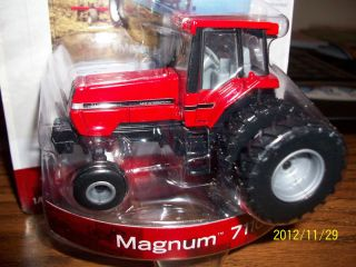 Ertl 1 64 Farm Toy Tractor with Cab Case IH Magnum 7110 Spaced Duals