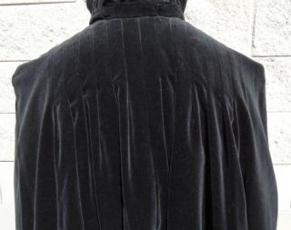 Vtg Estate Black Velvet Cape Opera Cloak Stand Up Collar Full Length