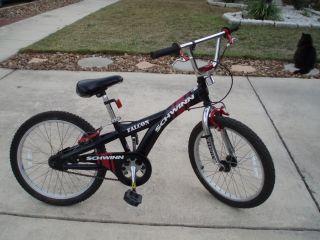 20 Schwinn Falcon Black/Red Boy Mountain Bike Bicycle   Very Good
