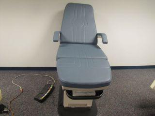 MIDMARK 417 Podiatry Exam Chair