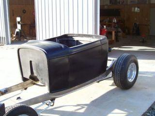 32 Ford roadster Pickup truck fiberglass body hot rat street rod deuce