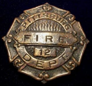 Pittsburg Fire Department Badge Uniform Pin Medal 5M1605