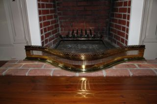 Virginia Metalcrafters Colonial Williamsburg Fireplace Fender