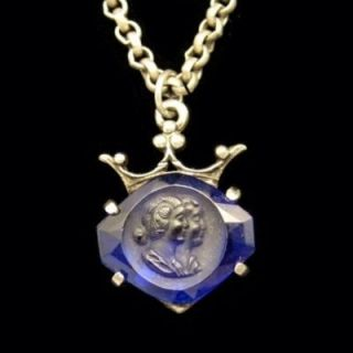 Vintage Dual Cameos Blue Carved Glass Royal Crown Pendant Necklace