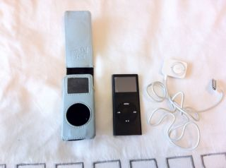 Apple iPod nano 2nd Generation Black (8 GB) Radio Tuner Accessory FM